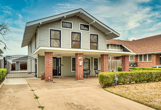 Home located in Fairmount District of Fort Worth
