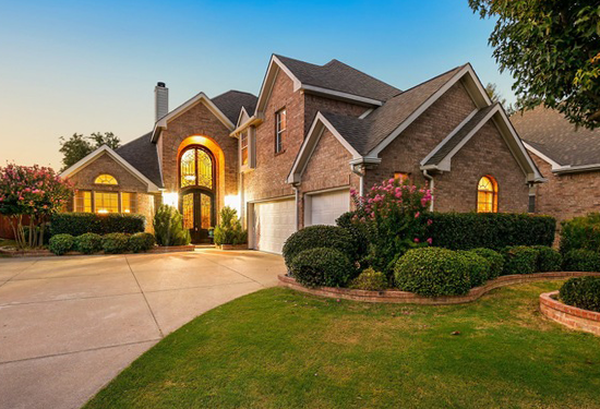 Home located in Flower Mound, TX